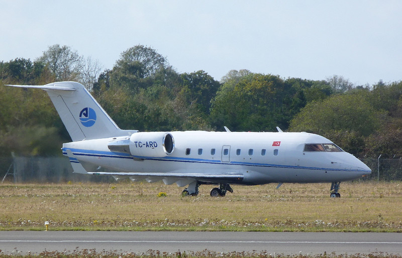 ArkasAir CL-600 Challenger 604 TC-ARD<br /> By Clive Featherstone.