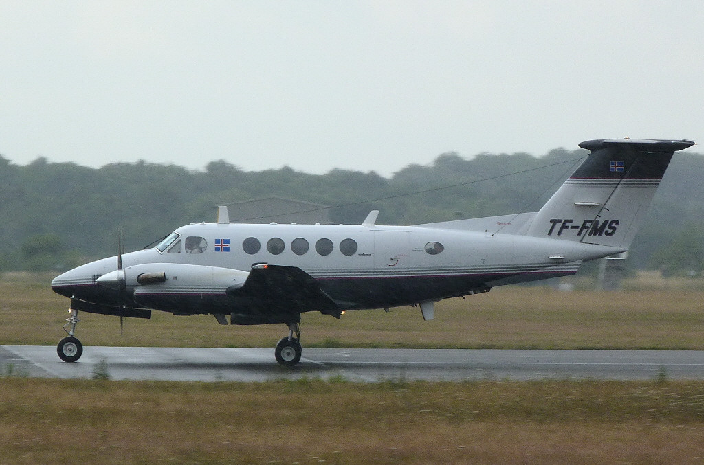 Beech B200 Super King Air TF-FMS<br /> By Clive Featherstone.