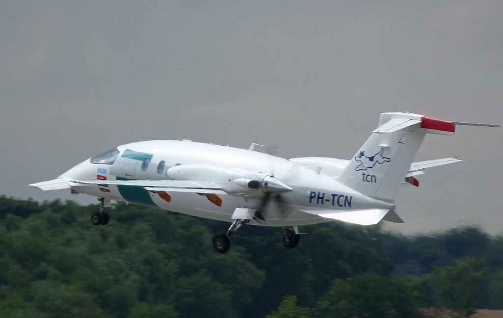 Piaggio P-180 Avanti  PH-TCH<br /> By Clive Featherstone.