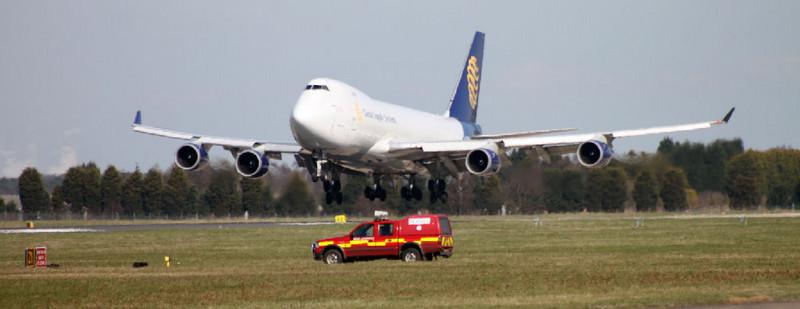 Global Supply 747-400 G-GSSB<br /> By Alan Jessop.