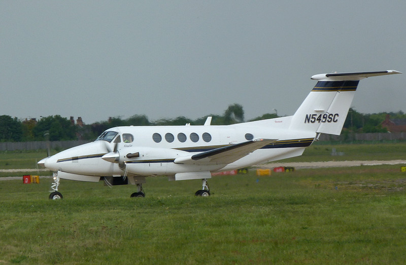 Beech 200 Super King Air N549SC ex G-MAMD<br /> By Clive Featherstone.