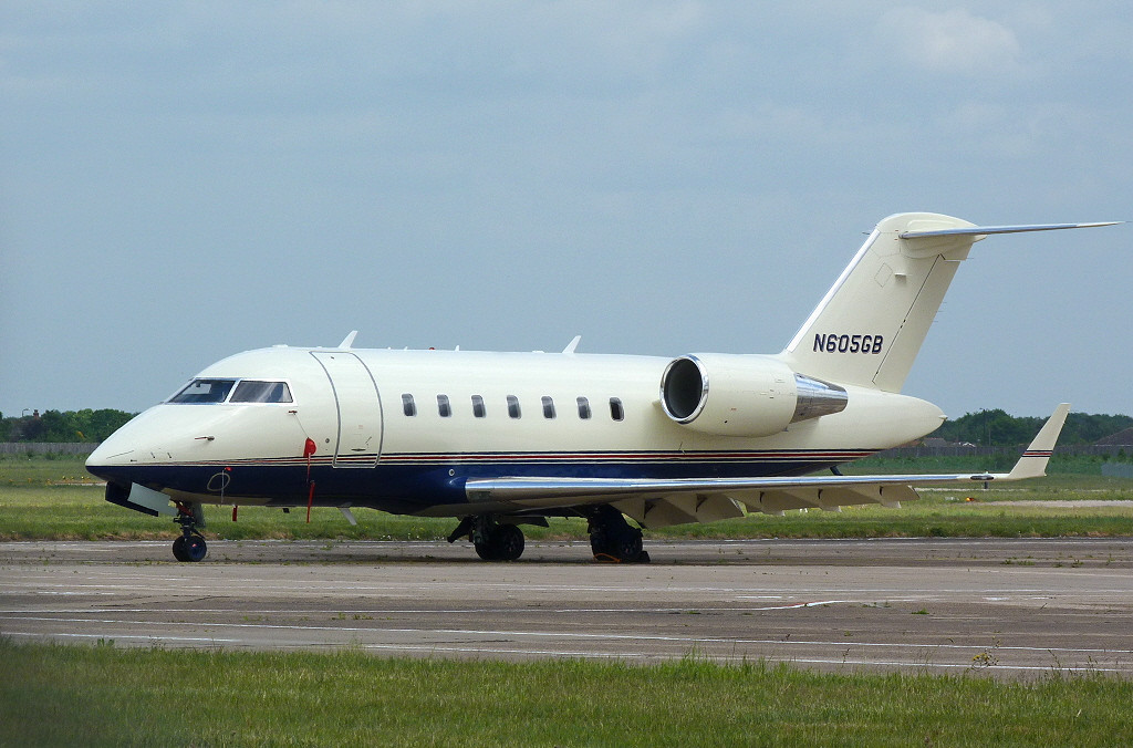 Challenger 605 N605GB<br /> By Clive Featherstone.