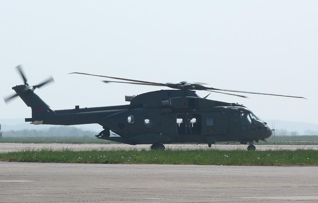 RAF Agusta Westland EH101 Merlin HC3, ZJ137 / W <br /> By Clive Featherstone.