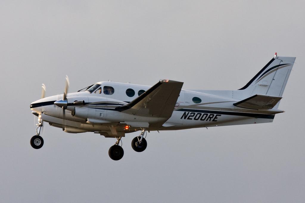 Beech E90 King Air N200RE.<br /> By David Bladen.