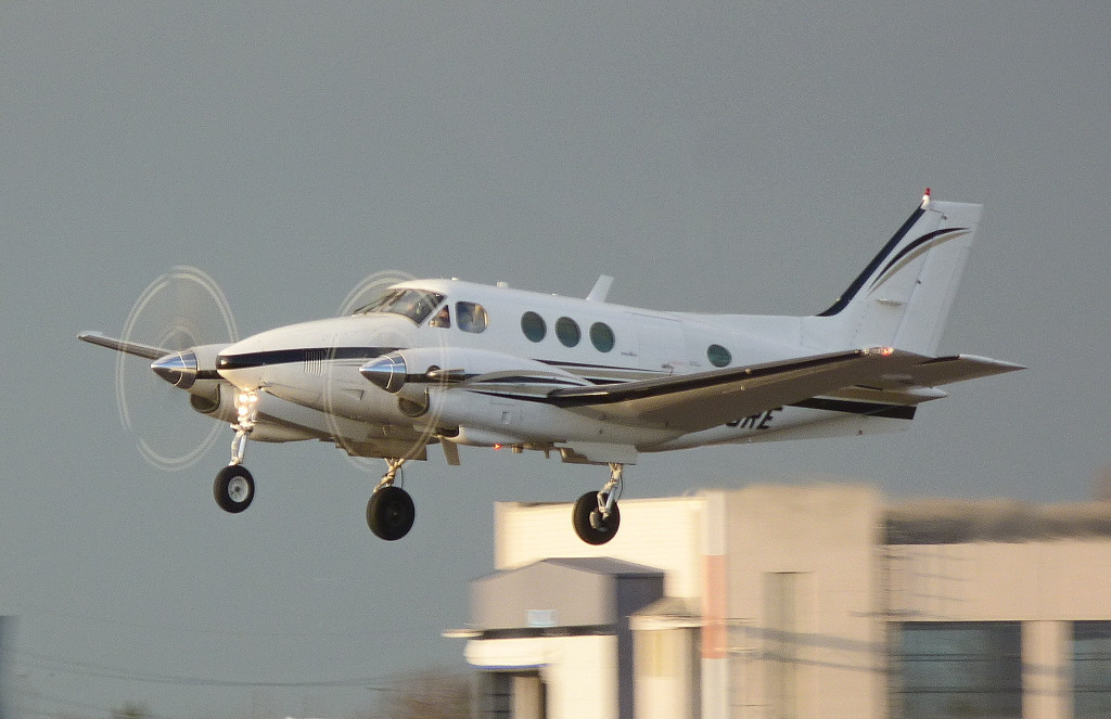Beech E90 King Air N200RE.<br /> By Clive Featherstone.