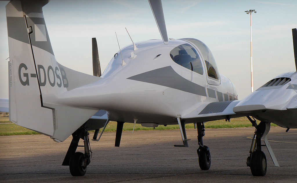 Diamond Twin Star DA42  G-DOSB<br /> By Correne Calow.