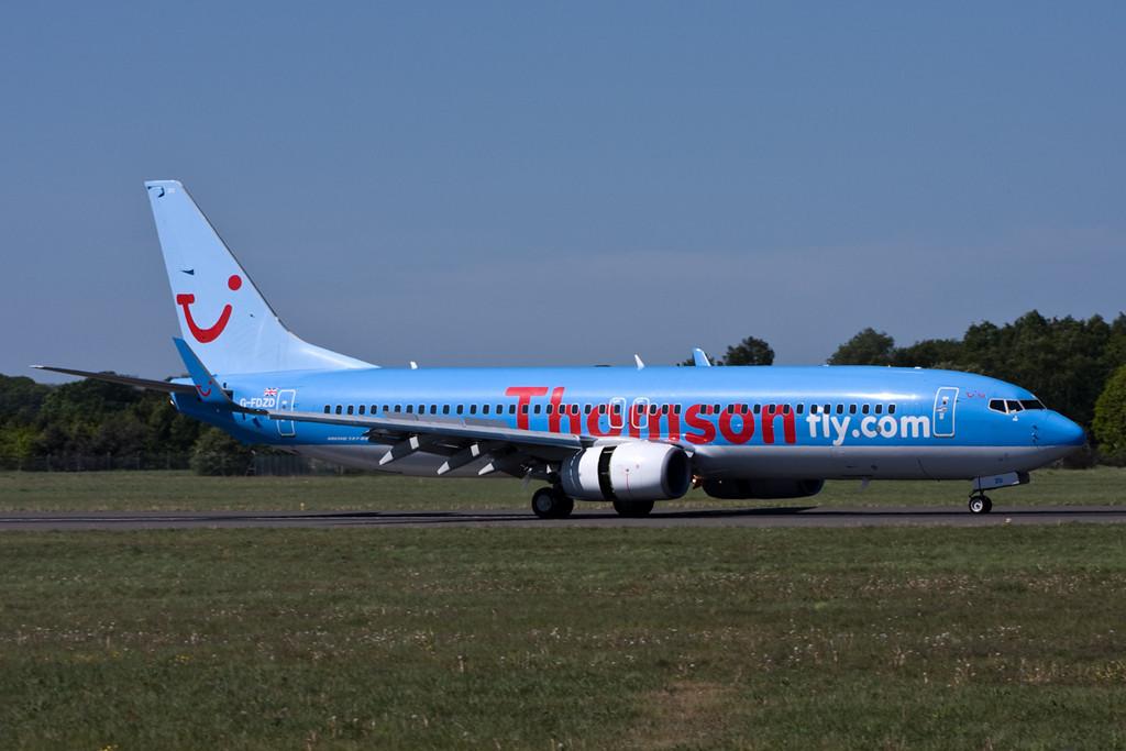 Thomson Airways 737-800  G-FDZD<br /> By David Bladen.