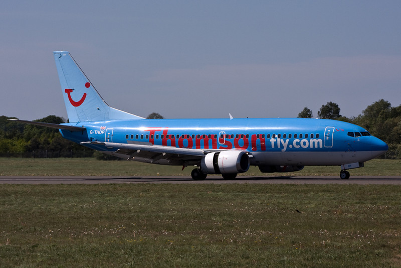 Thomson Airways 737-300 G-THOP.<br /> By David Bladen.