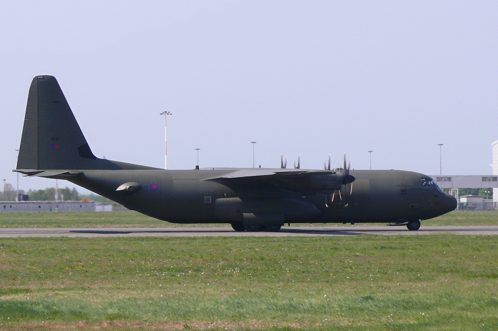 RAF Hercules C.4  ZH879<br /> By Clive Featherstone.