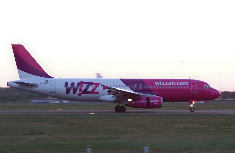 Wizzair A320 HA-LWH.<br /> By Clive Featherstone.