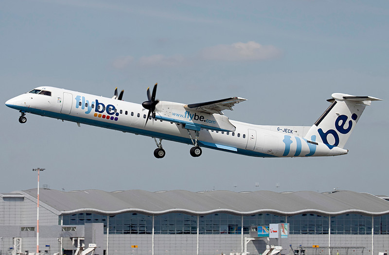 Flybe DHC-8-400  G-JECK<br /> By Lewis Steeper.