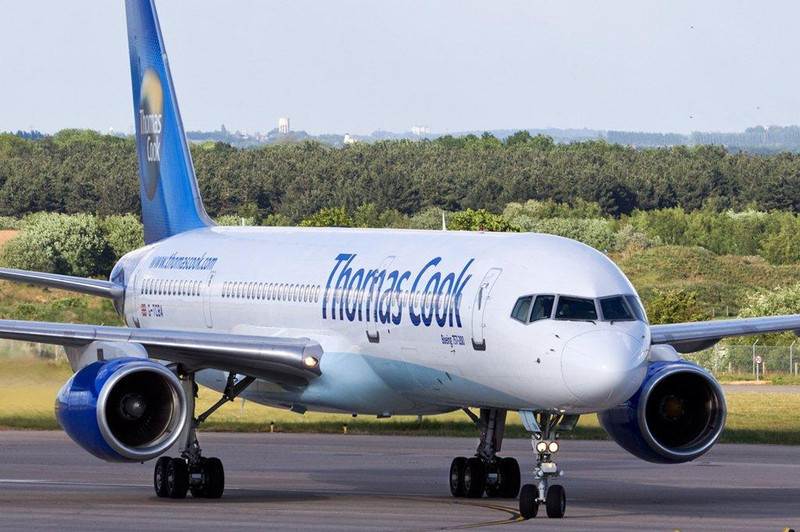 Thomas Cook 757-200 G-TCBA<br /> By Stuart Allen.