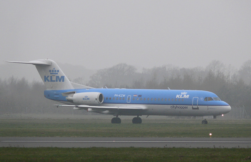 KLM Fokker 70 PH-KZW. By Clive Featherstone.