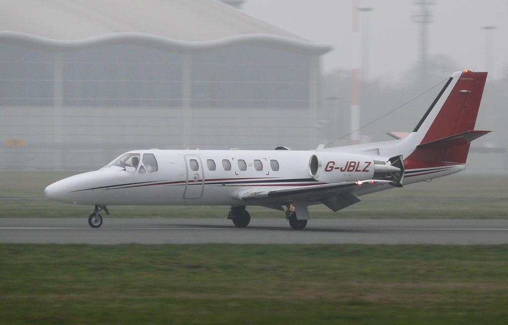 Cessna 550B Citation Bravo G-JBLZ. By Clive Featherstone.