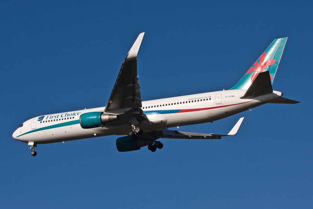 Thomson Airways 767-300  G-OOBK on finals for rnwy 20.<br /> By David Bladen.