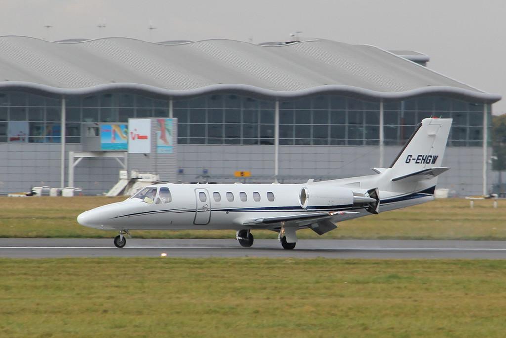 Eurojet Aviation Ltd Cessna 550 Citation Bravo, G-EHGW.<br /> By Clive Featherstone.