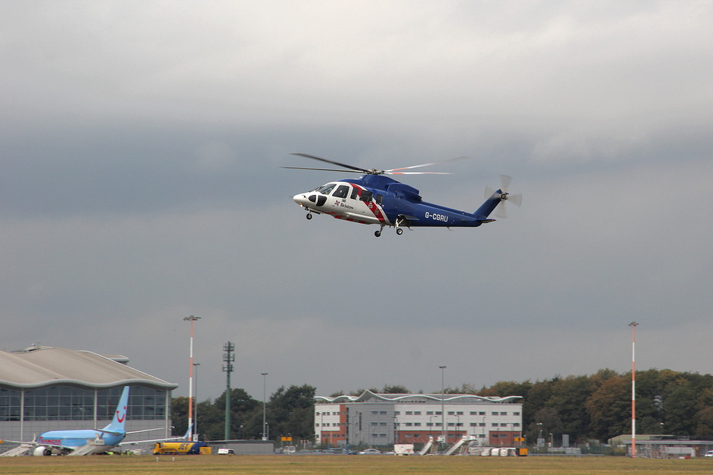 Bristow Helicopters Sikorsky S-76C G-CGRU.<br /> By Clive Featherstone.