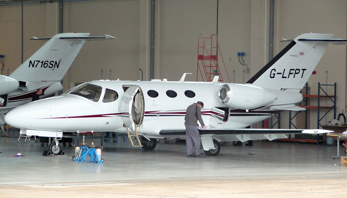 Cessna 510 Mustang G-LFPT with N716SN now back in the hangar.<br /> By Jim Calow.