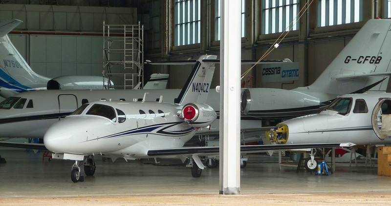 C510 N404CZ, C680 G-CFGB, C750 N750GF, the tail of C550 N425ST is just visible at the back of the hangar. On the right is the nose of C525 G-CITJ.<br /> By Correne Calow.