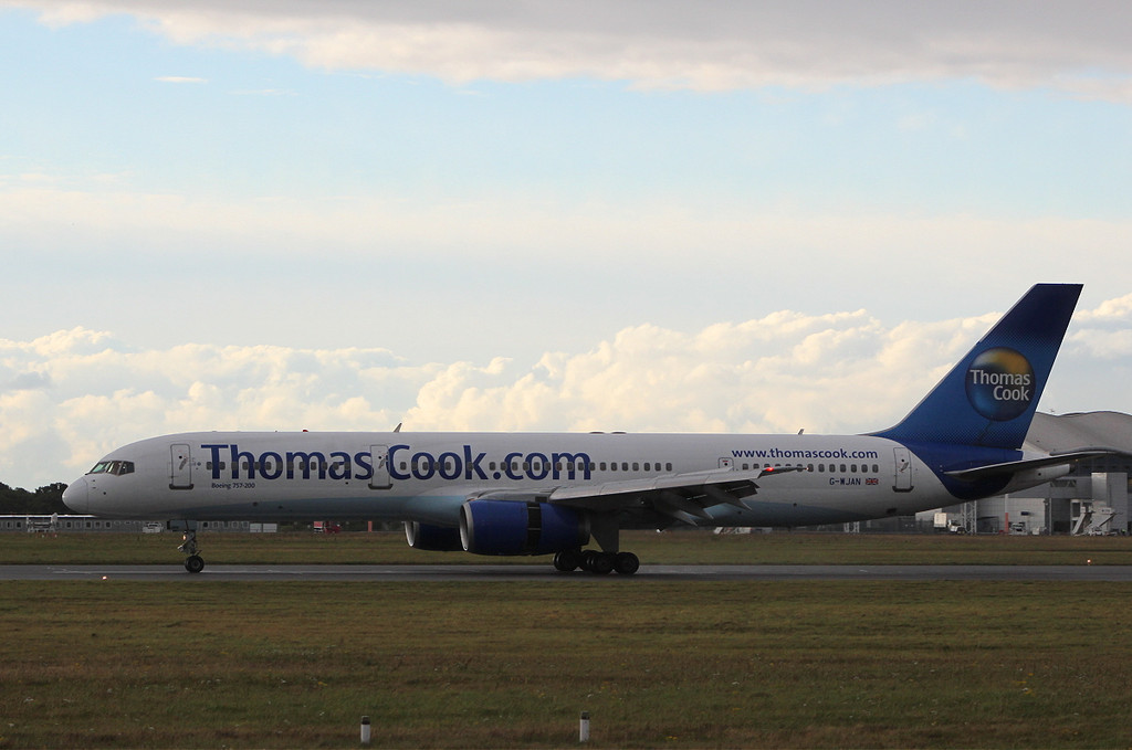 Thomas Cook B757-21K  G-WJAN<br /> By Clive Featherstone.