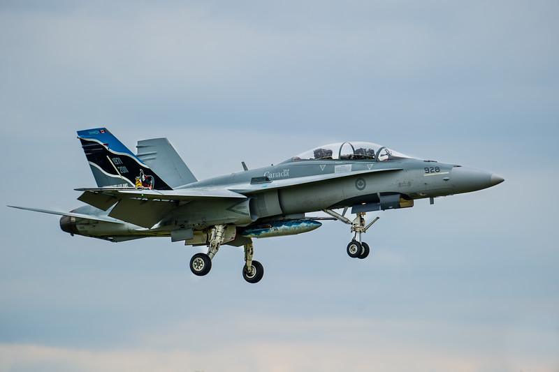 Canadian Forces CF-18 on final to Abbotsford for the Abbotsford International Airshow 2012