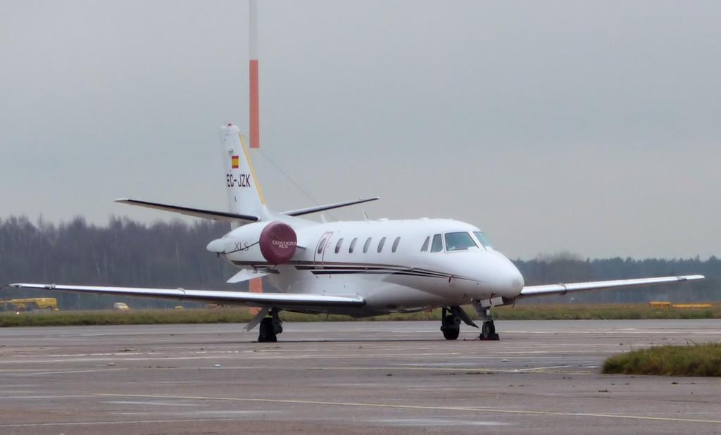 Corporate Jet Services Cessna 560XLS Citation Excel EC-JZK.<br /> By Correne Calow.