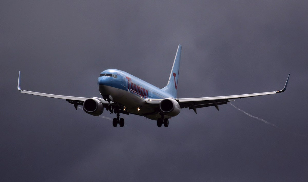 Thomson Airways 737-800 G-FDZY on finals for 02.<br /> By Jim Calow.