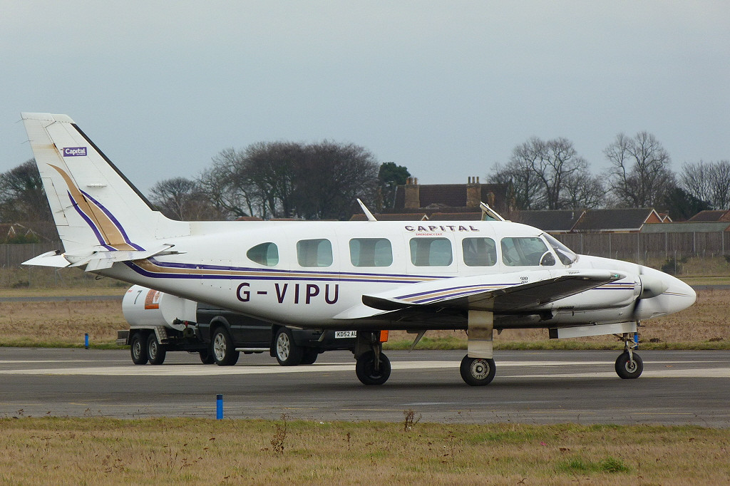 Piper PA-31-350 Navajo Chieftain G-VIPU.<br /> By Clive Featherstone.