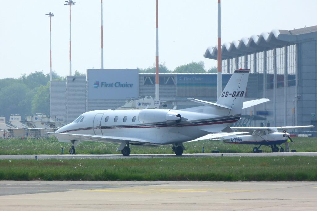 Netjets Cessna 560XL Citation Excel CS-DXB.<br /> By Clive Featherstone.