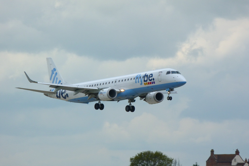 Flybe Embraer ERJ-195LR G-FBEN.<br /> By Clive Featherstone.