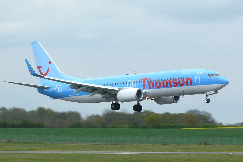 Thomson Airways 737-800 G-TAWG.<br /> By Clive Featherstone.