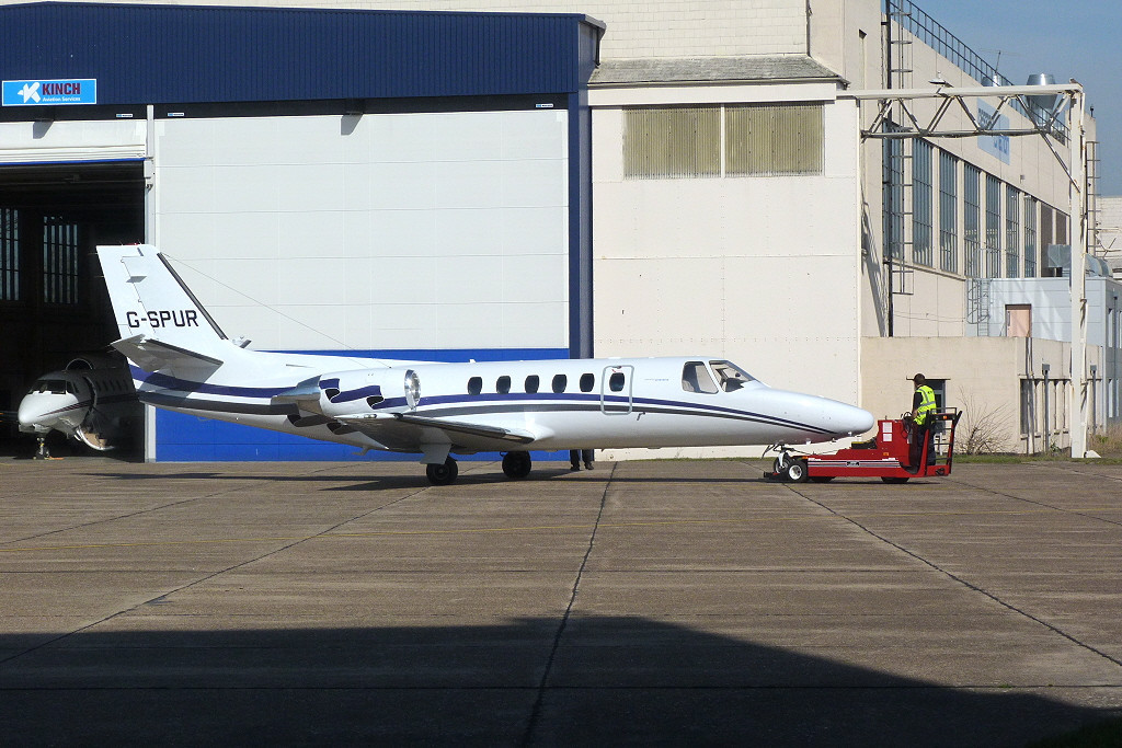 London Executive Aviation Cessna 550 Citation II G-SPUR.<br /> By Clive Featherstone.