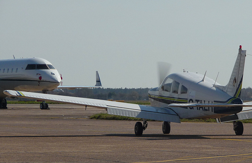 N53GX and Piper PA-28-181 Cherokee Archer II  G-TALH<br /> By Correne Calow.
