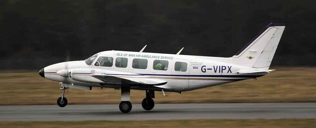 Piper PA-31-350 Navajo Chieftain G-VIPX<br /> By Alan Jessop.