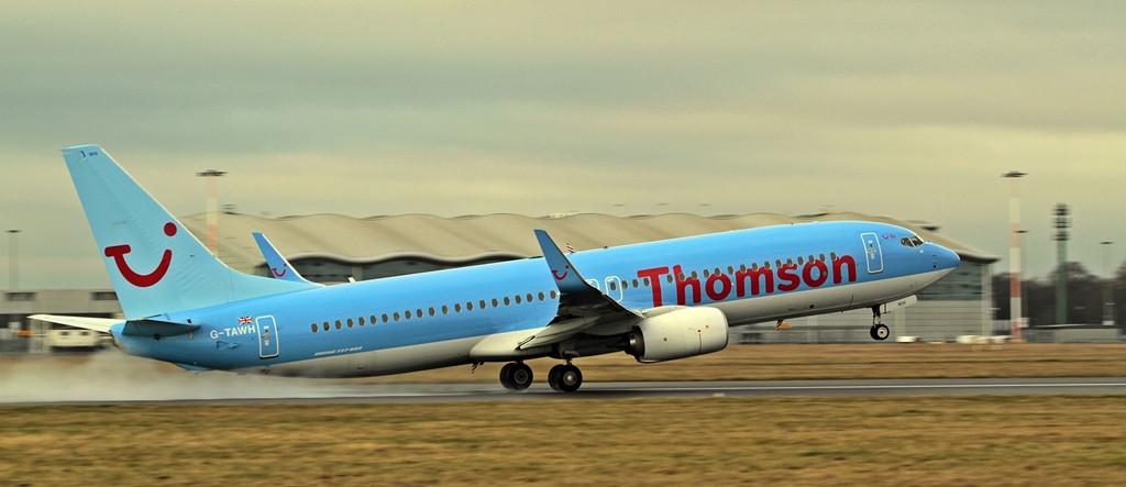 Thomson Airways B738  G-TAWH<br /> By Alan Jessop.