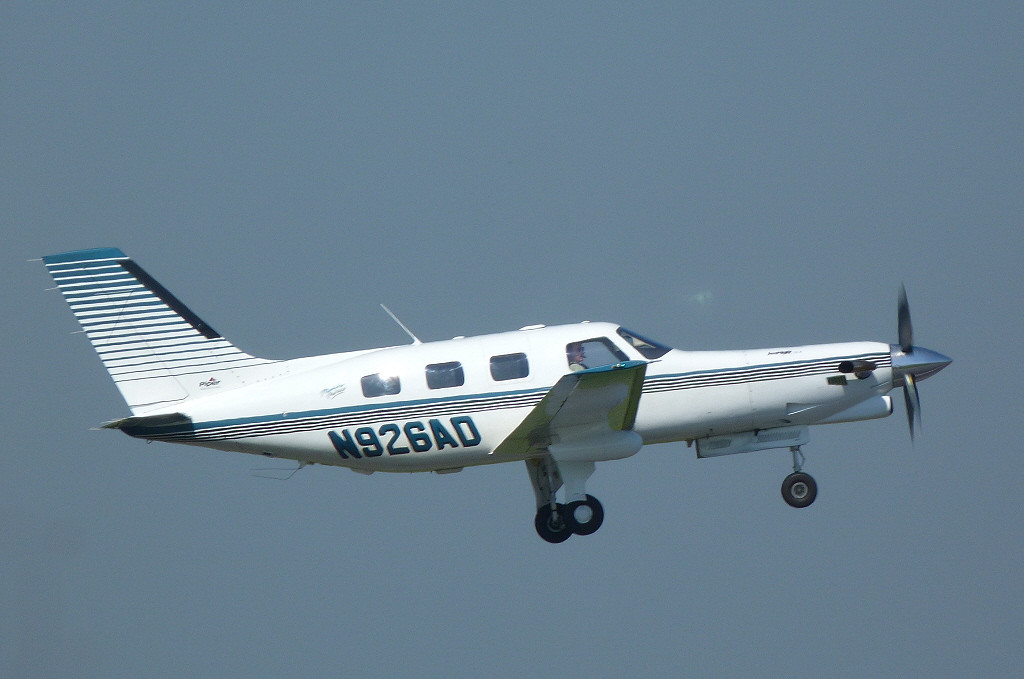Piper PA-46-350P Malibu Mirage JetPROP DLX, N926AD.<br /> By Clive Featherstone.