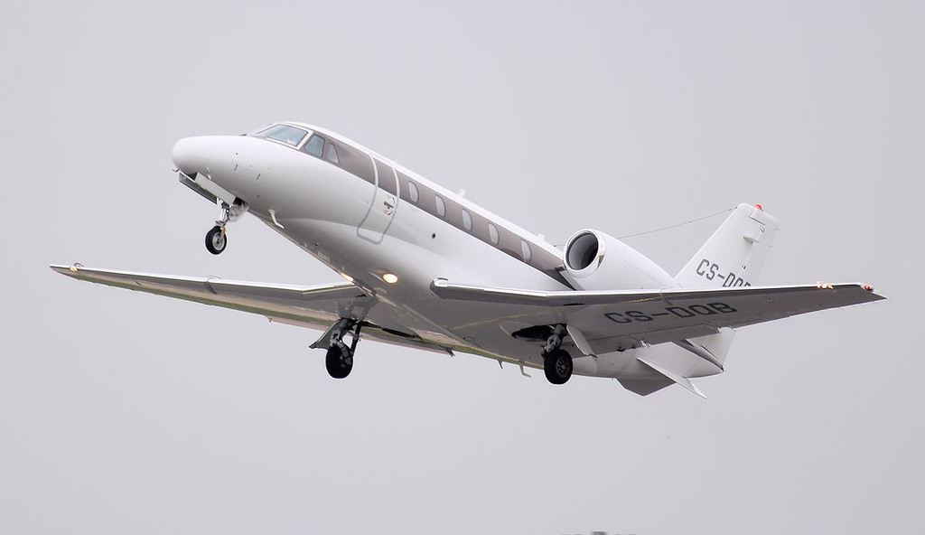 Netjets Cessna 560XL Citation Excel CS-DQB.<br /> By Jim Calow.