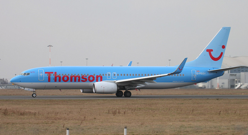 Thomson Airways 737-800 G-FDZY.<br /> By Jim Calow.