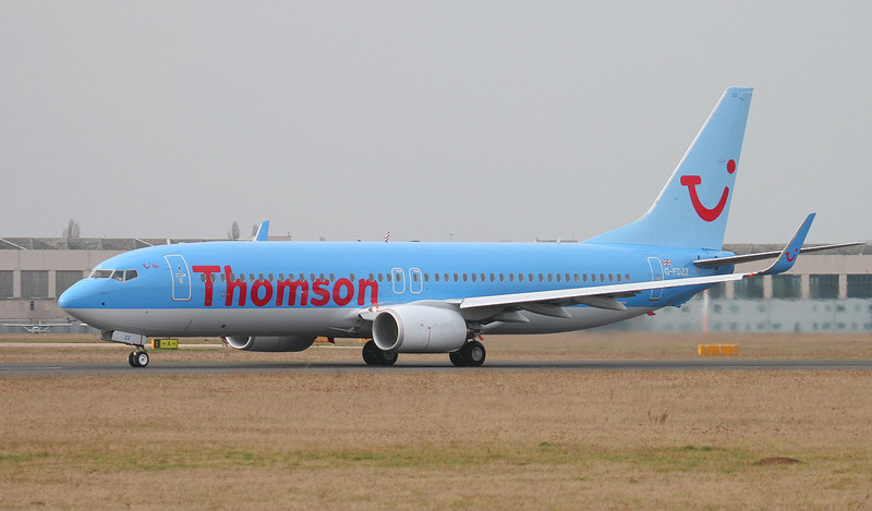 Thomson Airways 737-800 G-FDZZ.<br /> By Jim Calow.