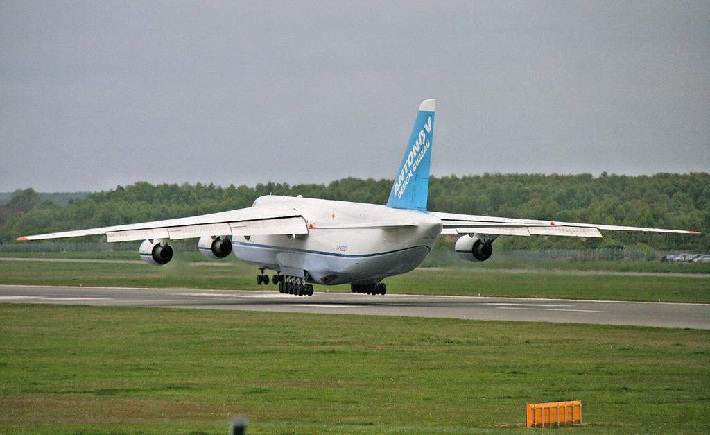 Antonov Design Bureau An-124 UR-82027.<br /> By Correne Calow.