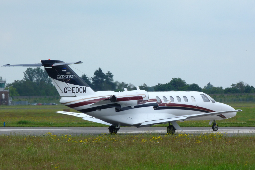 Air Charter Scotland Cessna 525A Citation CJ2, G-EDCM.<br /> By Clive Featherstone.