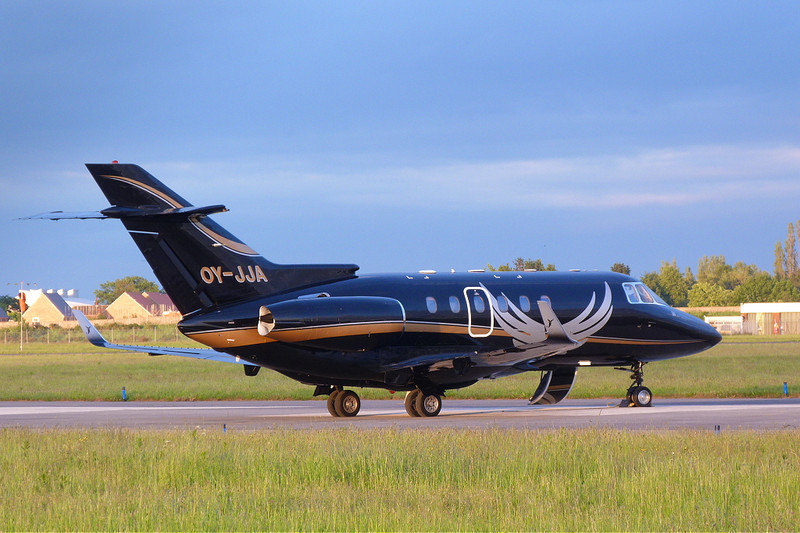 Sun-Air Hawker 800XP OY-JJA.<br /> By Clive Featherstone.