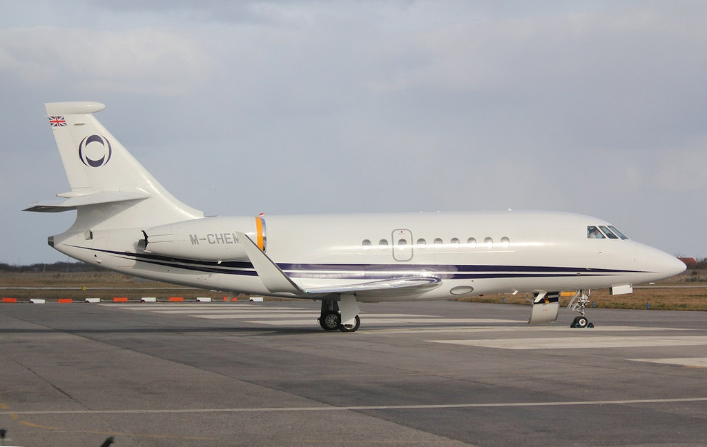 Ineous Aviation, Dassault Falcon 2000EX, M-CHEM.<br /> By Correne Calow.