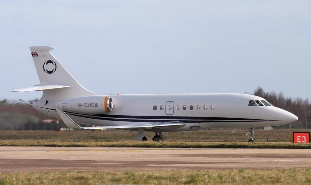 Ineous Aviation, Dassault Falcon 2000EX, M-CHEM.<br /> By Jim Calow.