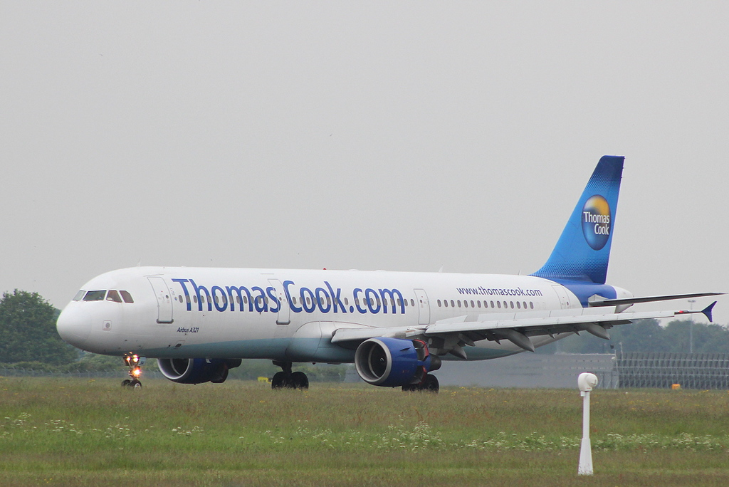 Thomas Cook, Airbus A321-211, G-DHJH.<br /> By Clive Featherstone.