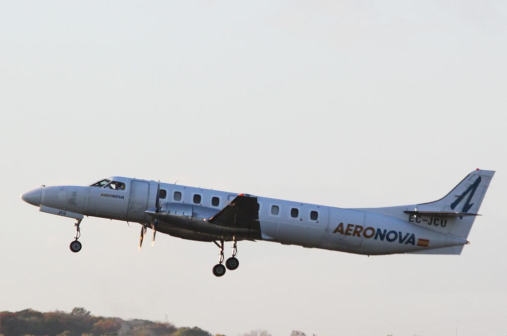 AeroNova SA227 Metro III, EC-JCU<br /> By Clive Featherstone.