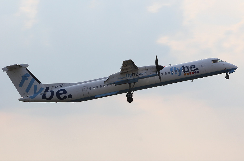 Flybe DHC-8-400, G-JECP.<br /> By Clive Featherstone.