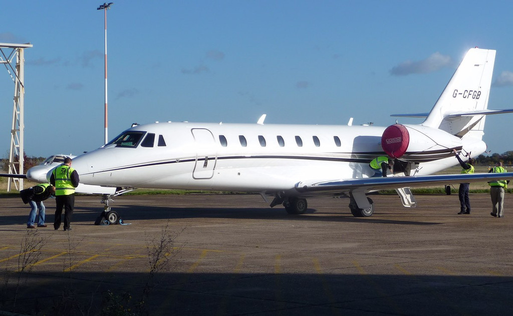 Cessna 680 Citation Sovereign, G-CFGB<br /> By Correne Calow.