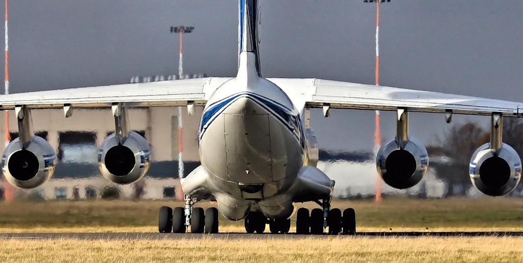 Volga Dnepr Ilyusin Il-76-TD-90VD RA-76503.<br /> By Steve Roper.