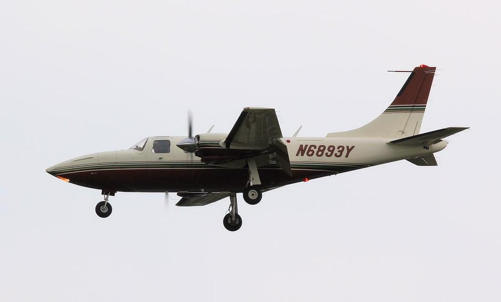 Piper PA-60 Aerostar N6893Y.<br /> By Correne Calow.